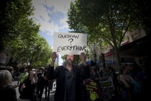 LouiseMCooper_OccupyMelbourne291011_68.jpg
